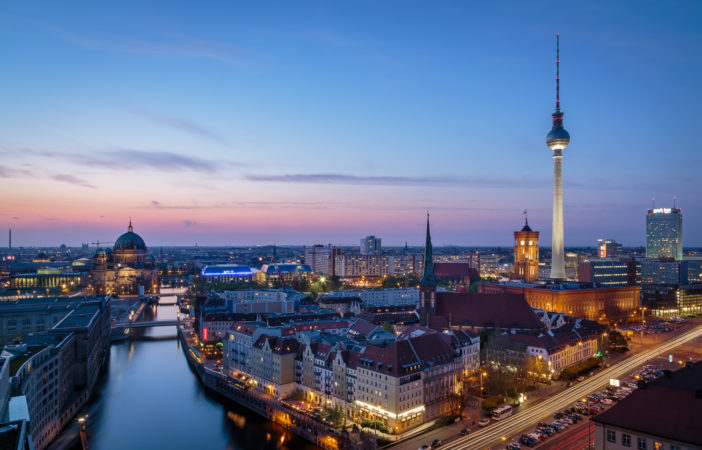 Berlin Skyline bei Nacht