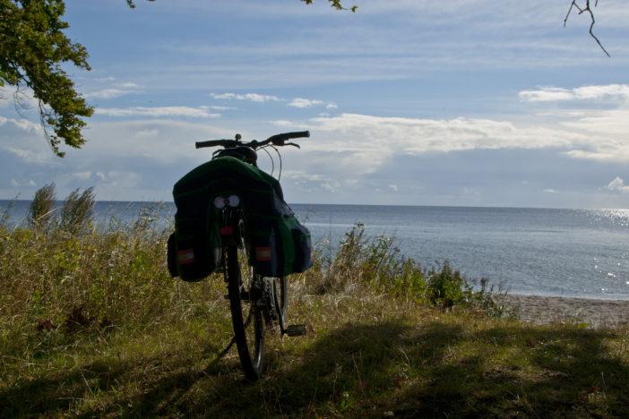Meer mit Fahrrad