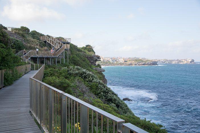 6km entlang der schönsten Buchten und Strände