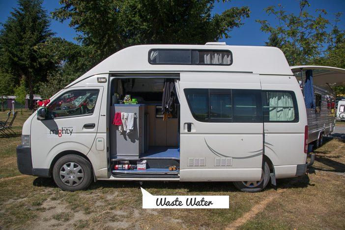 Camper von der Seite